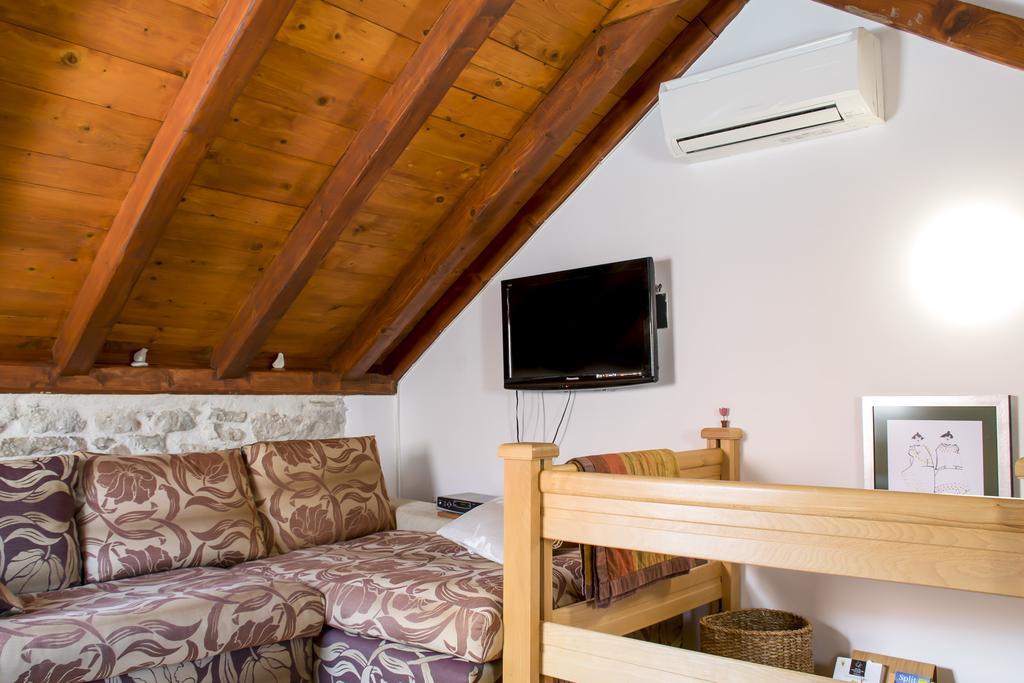 Salvezani apartments Split 12