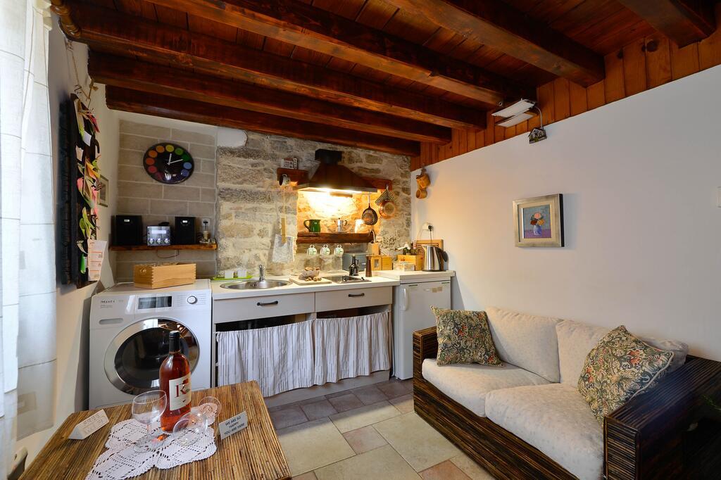 Salvezani apartments Split 6